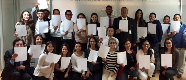 Consulado de Colombia en Ciudad de México se une a la campaña #WhiteCard liderada por la organización Peace & Sport con ocasión del Día Internacional del Deporte para el Desarrollo y la Paz